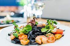 gourmet shrimp spaghetti plate